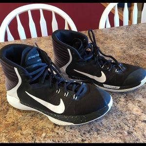 Boys Nike basketball shoes. Size 6Y.